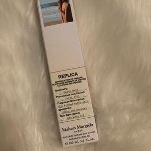 Maison Margiela - Beach Walk Perfumed Dry Body Oil